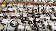 Lecce, in commercio disinfettante invenduto dal 1989: denunce