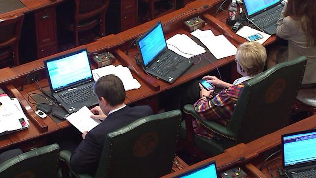 IL Pension Battle Continues With Time Running Out, Bills Piling Up