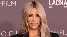 Kardashian enseña el trasero en la Fiesta post Oscar de Madonna