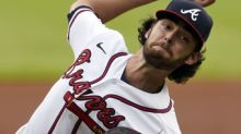 Freeman's 2-run HR lifts Braves to sweep of slumping Yankees
