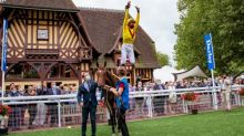 Dettori to quarantine after beating Queen's horse, Tactical, in Prix Morny