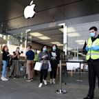 Apple Closing 30 More Stores, 15 In Southern California, As COVID-19 Spreads