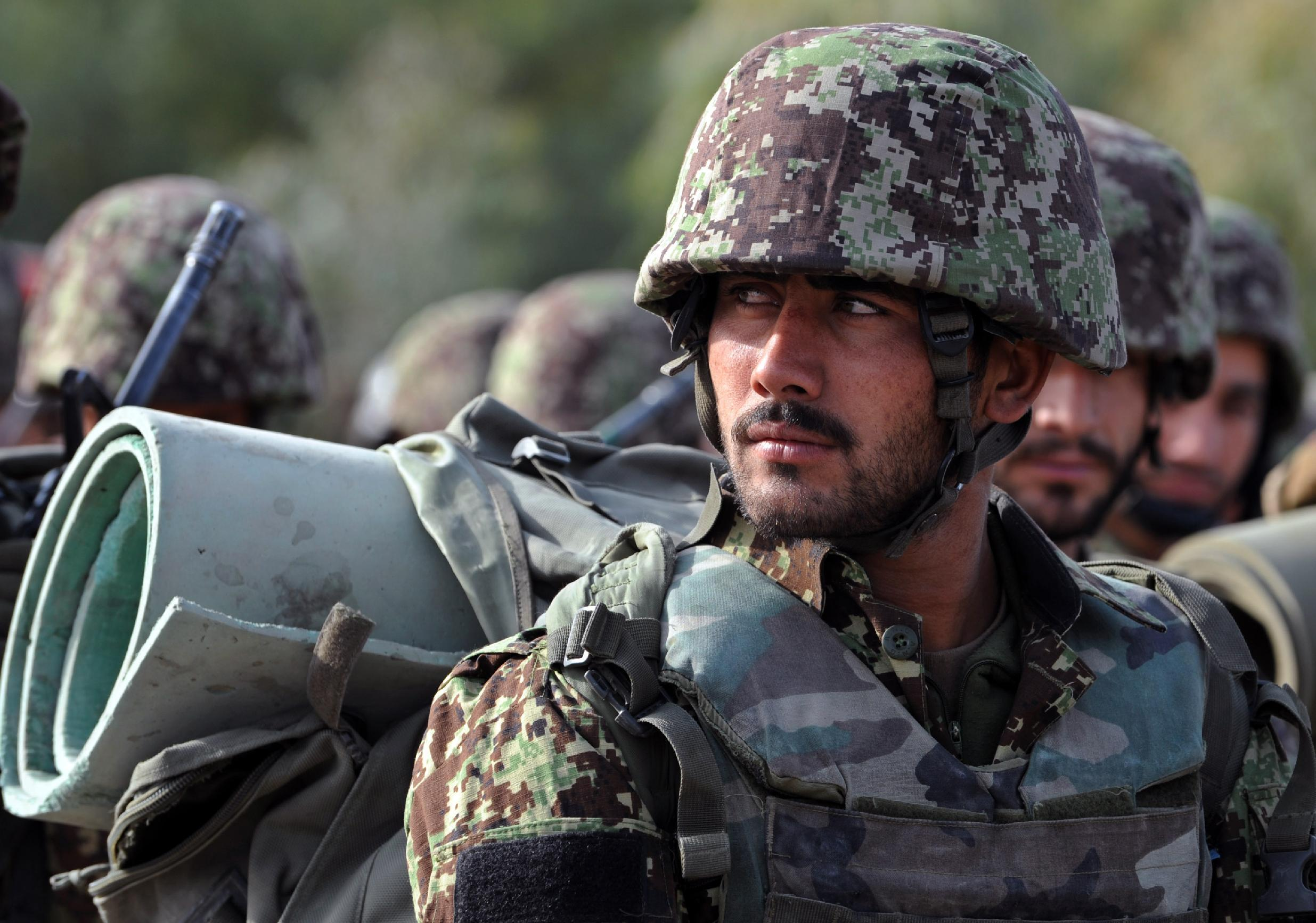 Afghan National Army soldiers in Kandahar province on January 11, 2015 (AFP Photo/Javed Tanveer)
