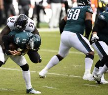 Despite 1 win each, Eagles, Giants have first place in sight
