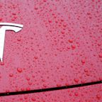 Tesla misses first quarter expectations and guidance looks 'unrealistic'