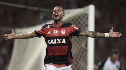 Rômulo celebra primeiro gol pelo Fla e aprova estreia na Libertadores