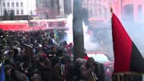 Clashes rage as 100,000 Ukrainians rally over EU snub