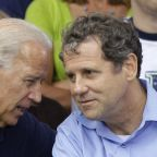 Prominent Ohio Democrat Brown endorses Biden for president
