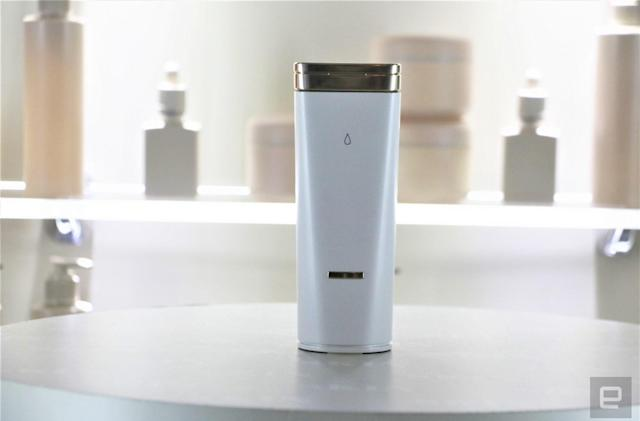 L'Oreal's handheld skincare dispenser doles out custom formula at each press