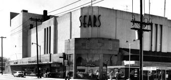 How bankrupt Sears plans to save 400 stores