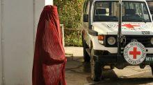 Talibãs 'autorizam' Cruz Vermelha a trabalhar no Afeganistão