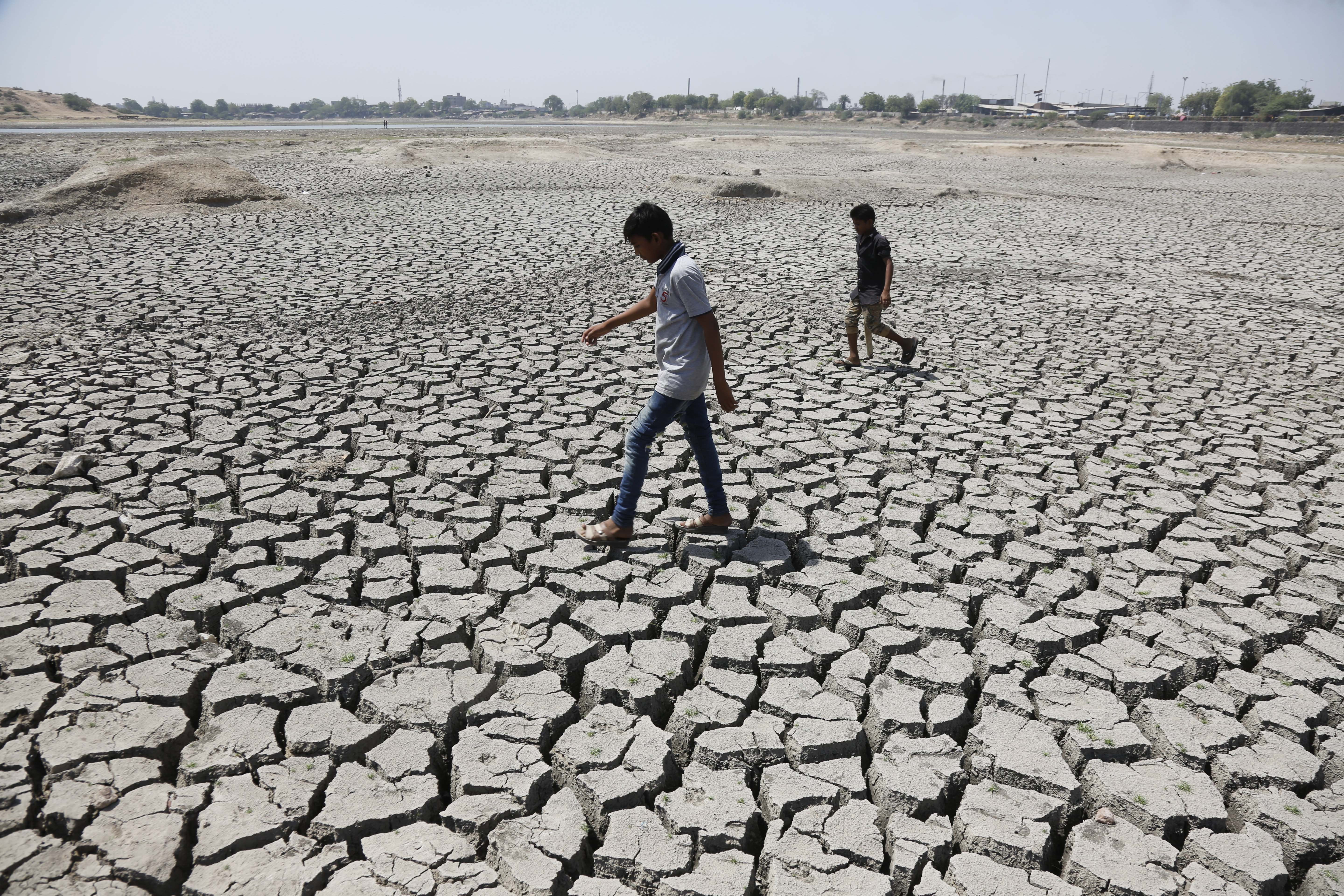 For richer, for poorer: Global warming has made the world's rich richer and the poor poorer, study says
