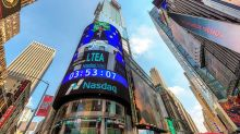 Nasdaq Composite Leads Mixed Session On Wall Street