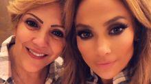 La mamá de Jennifer López parece su hermana con casi 70 años