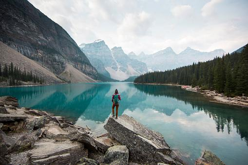 How to score free flights to Canada