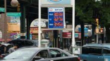 El petróleo en plena espiral bajista en Nueva York y en Londres