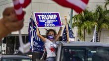 Con salsa y caravanas, cubanos apoyan a Trump en Miami