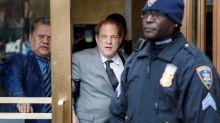 La Fiscalía acusa a Weinstein de violar su libertad condicional y pide subir la fianza