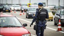 Militärpolizisten schießen auf Mann mit Messer am Amsterdamer Flughafen