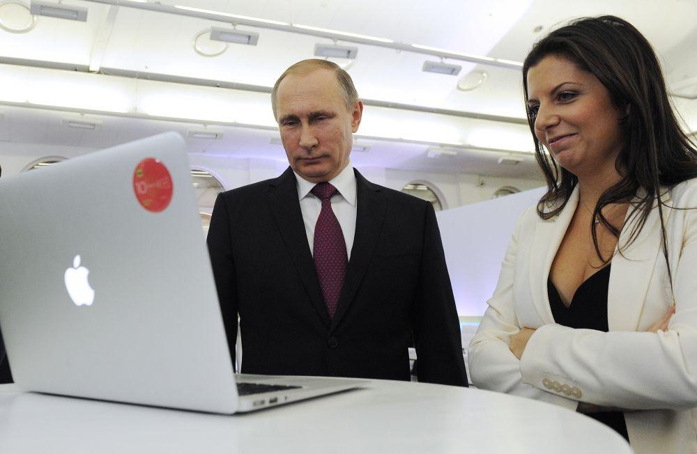 Russian President Vladimir Putin and RT editor in chief Margarita Simonyan