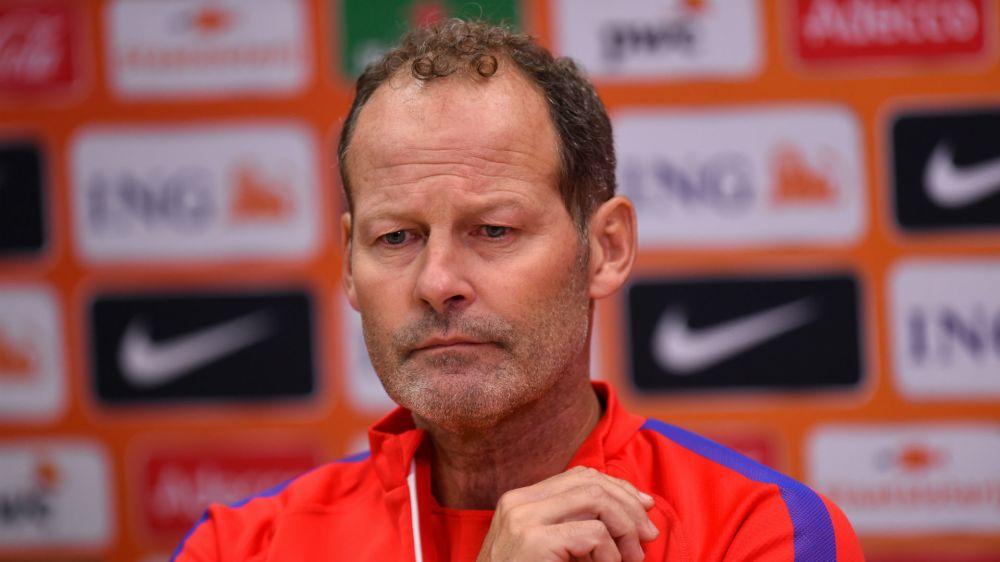 Danny Blind, destituido con Holanda tras la derrota ante Bulgaria