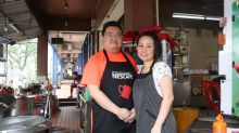 You're sure to be bowled over by the yummy seafood noodles in this Kepong stall