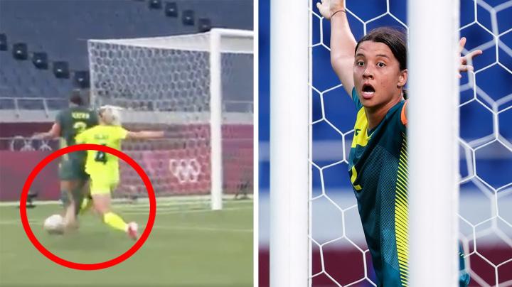 'Robbed': Aussie fans furious as Sam Kerr denied penalty