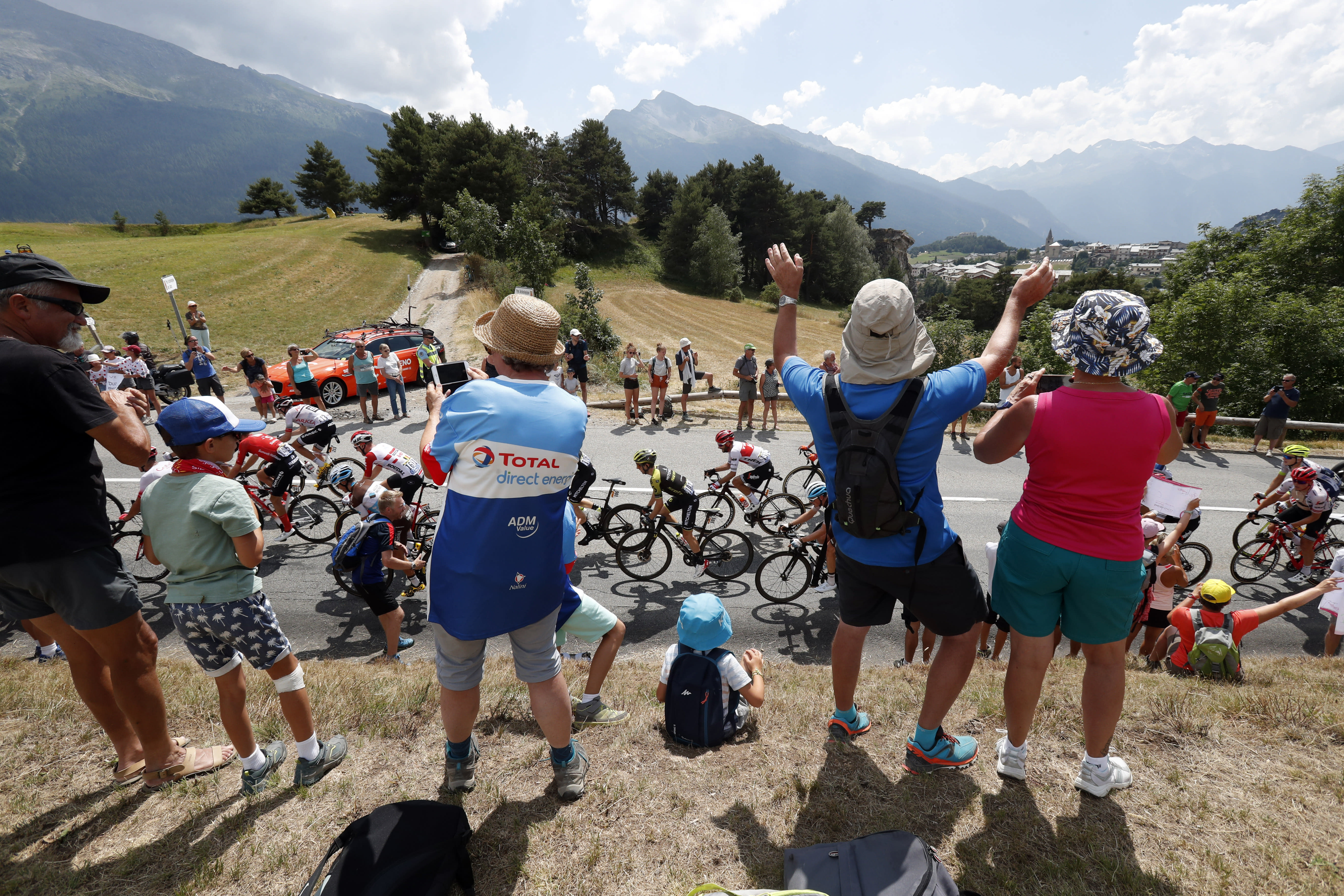 Cycling claims victory for the war on doping as death toll