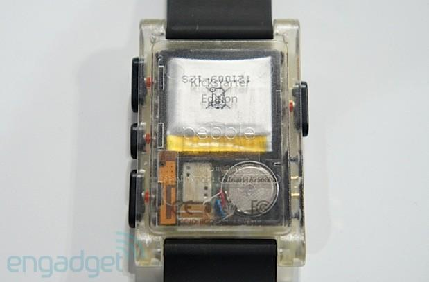 Visualized: Pebble's insides exposed in rare transparent casing (hands-on)
