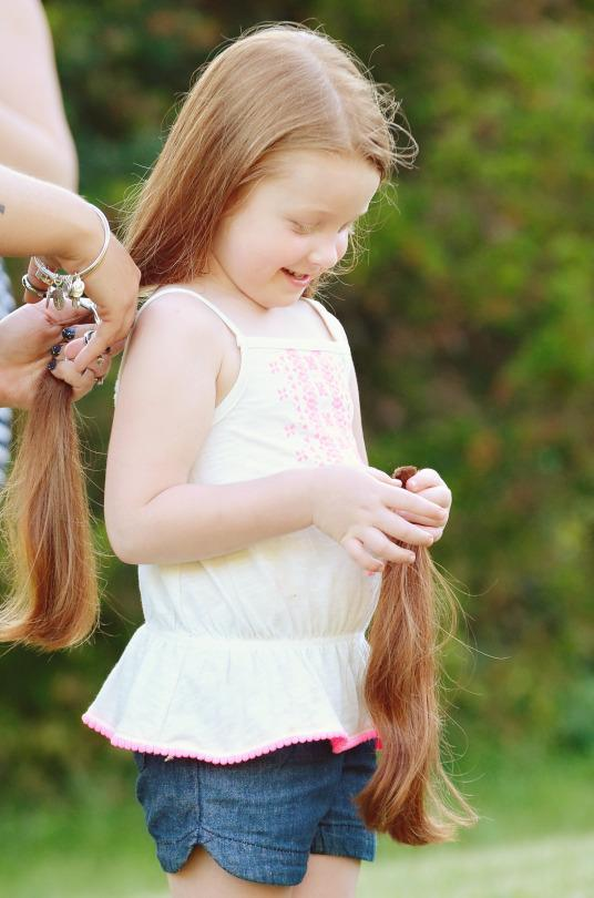 5 year old girl chops her hair off and her grandma freaked 5 year old inspired by dad to chop off her hair