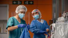 """Los sindicatos de médicos, """"preocupados"""" por el """"caos"""" tras el estado de alarma"""