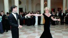 Geplatzte Auktion: Prinzessin Dianas Samtkleid nicht versteigert