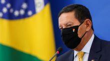 Mourão repete Bolsonaro e diz que não há como obrigar todos a se vacinar
