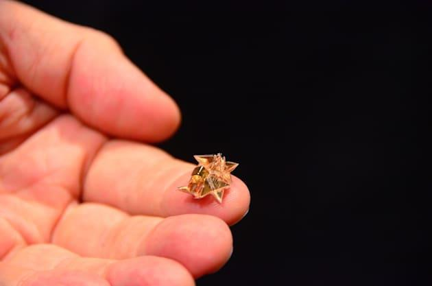 This foldable drone origamis itself and dissolves when done