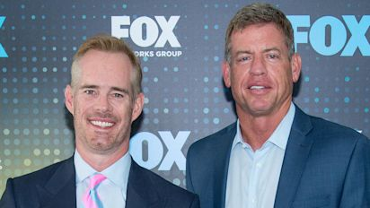 Aikman and Buck caught mocking military flyover
