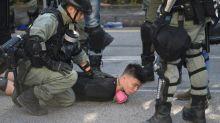 Confrontos no 16º fim de semana de protestos em Hong Kong