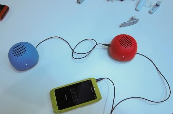Nokia's fall accessories: Bluetooth headsets for every budget... and some colorful spheres