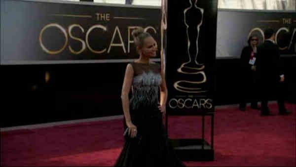 Stars begin to arrive on the Oscars red carpet