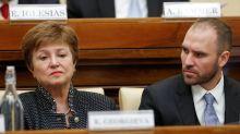 """Argentina busca acordo com FMI """"apenas"""" para pagar US$44 bi de programa anterior, diz representante do país"""