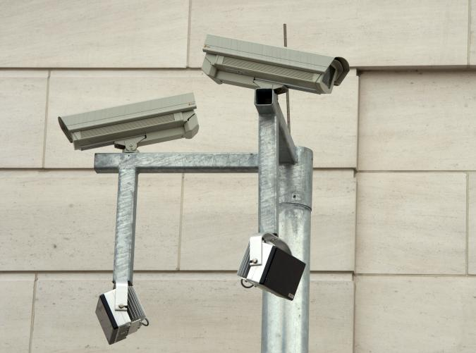 A general view shows security cameras on a building in the north part of the compound of the German Federal Intelligence Agency (BND) during the opening ceremony of the BND headquarters in Berlin March 31, 2014.    REUTERS/Soeren Stache/Pool  (GERMANY - Tags: POLITICS)