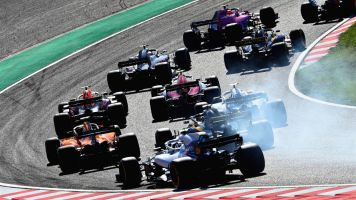 Diretor da F1 diz considerar 'super fim de semana' de Hamilton, mas descarta tentativas ainda em 2018