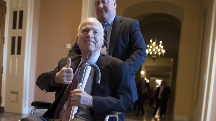 McCain sticks to maverick ways in Trump era
