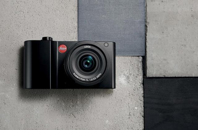 Leica's TL2 gains more megapixels and 4K video