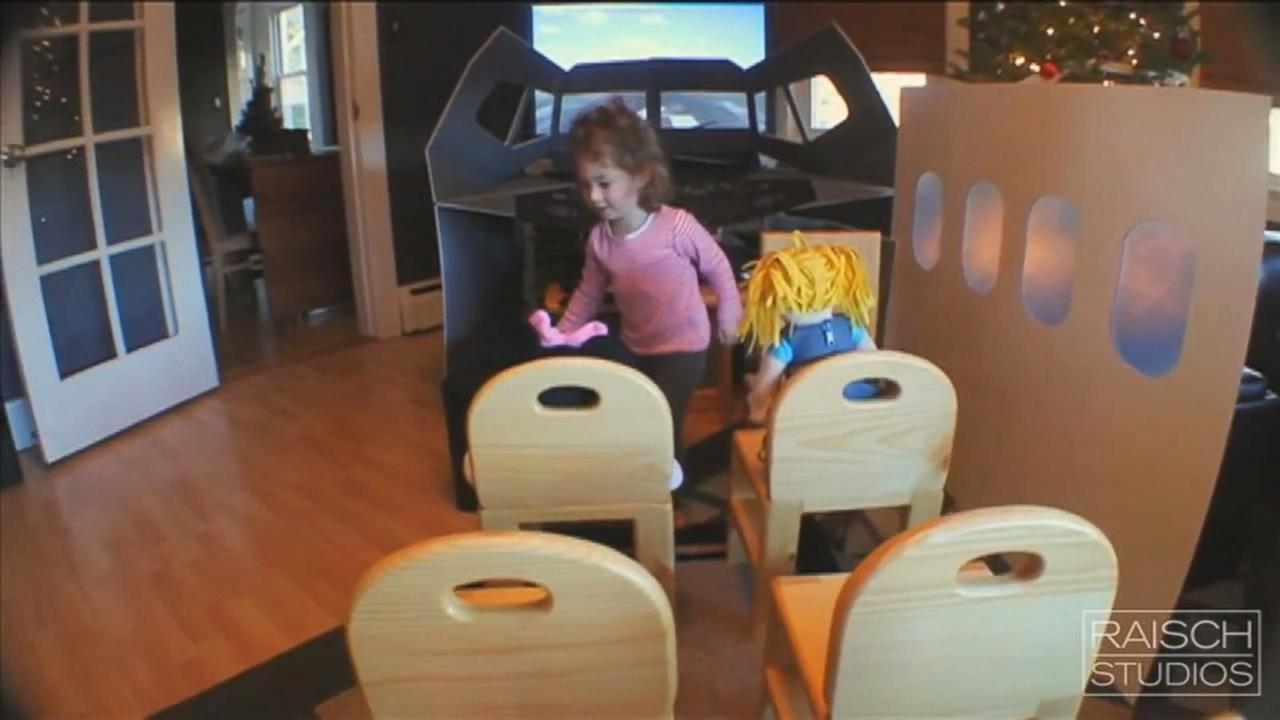 Dad Builds Epic Flight Simulator In Living Room For 2 Year