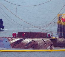 South Korea raises sunken Sewol ferry