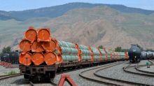 Canada regulator greenlights construction of part of oil pipeline