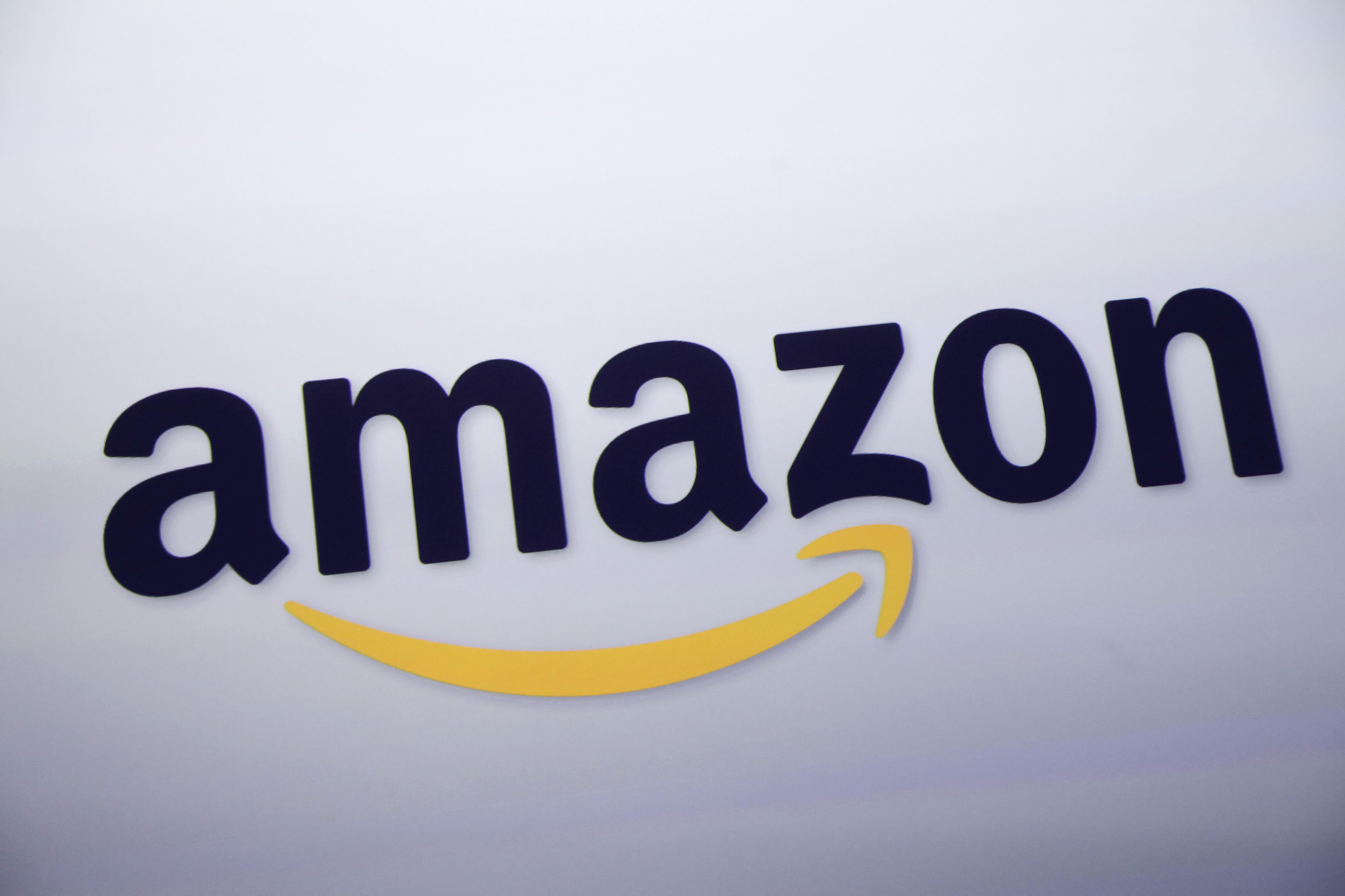 Amazon's amazing quarter, ExxonMobil near 52-week high