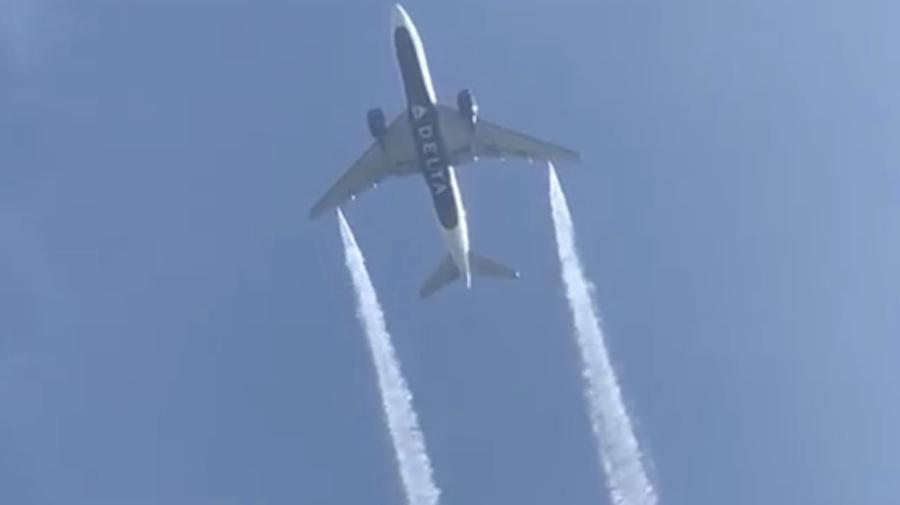 California teachers doused with jet fuel sue Delta