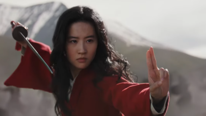 Disney fans cheer, jeer 'Mulan' trailer