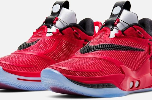 Nike's new self-lacing basketball shoes go on sale Sunday for $400